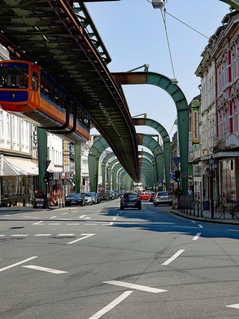 Hotel Wuppertal Schwebebahn